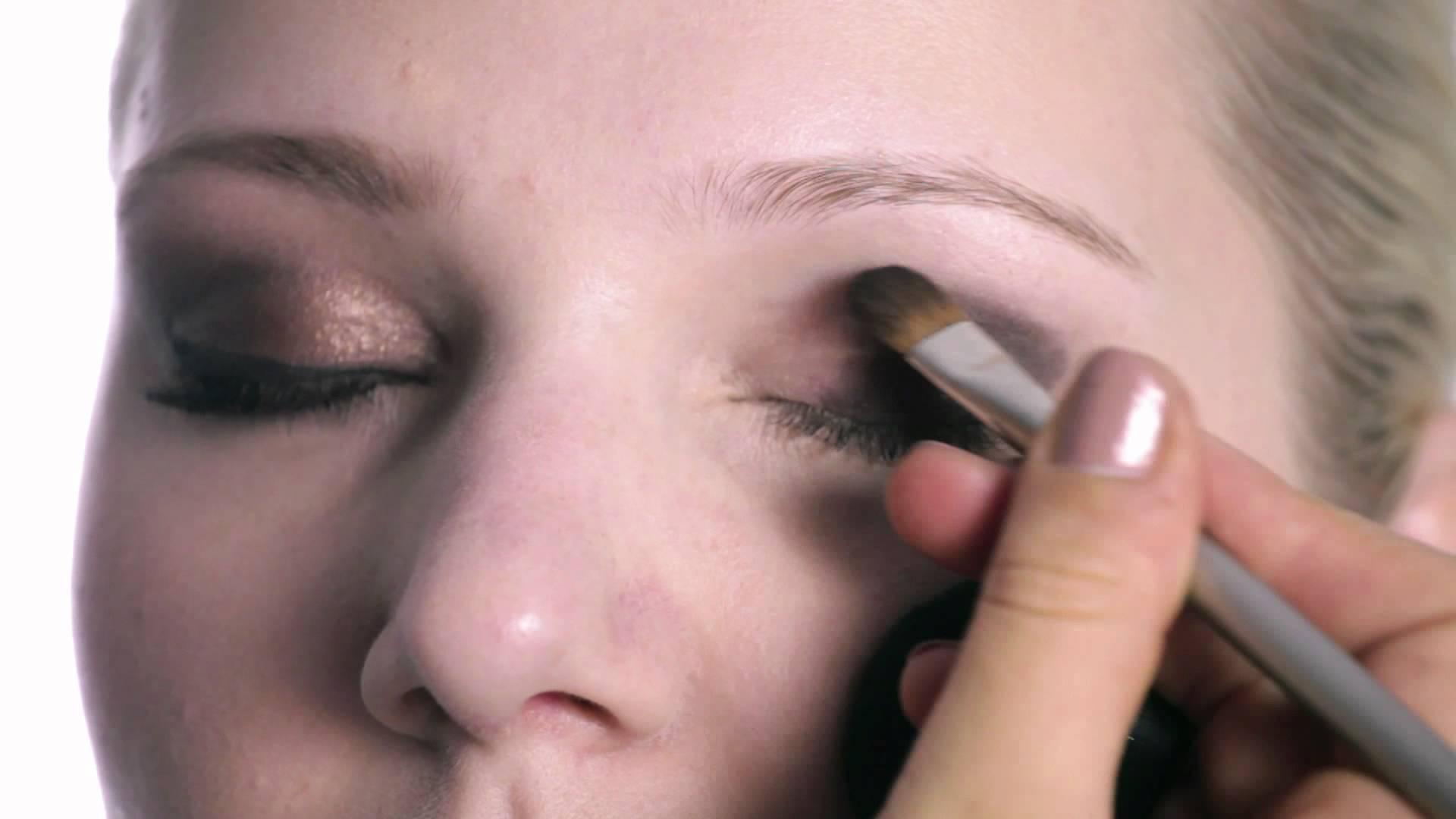Nicole Richie – Hippie Glam Make-up Und Flechtfrisur